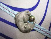 猫の帯留め<br/>真珠